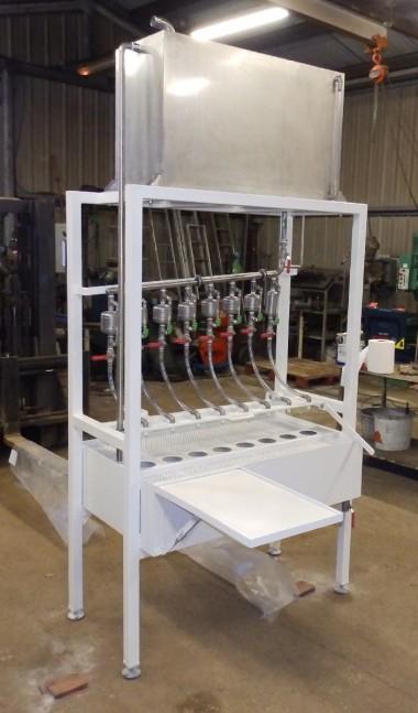 Machine spéciale réalisée à partir de pièces standard pour répondre à la demande du client.
